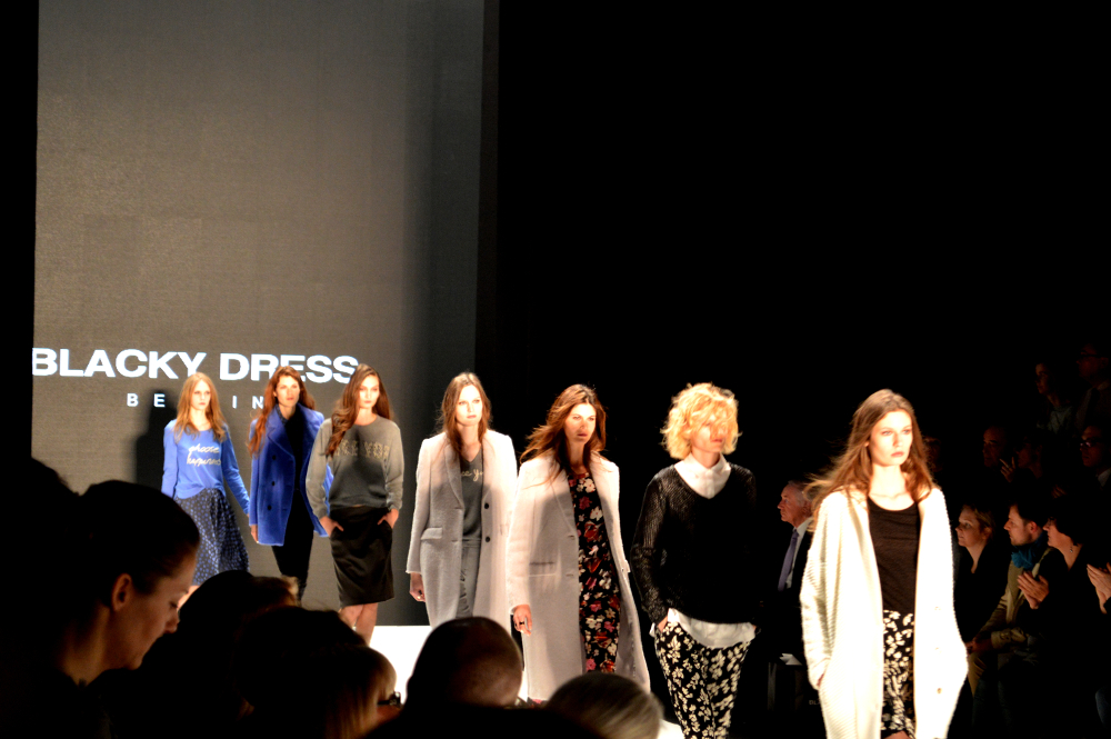 BerlinFashionWeekBlackyDress3